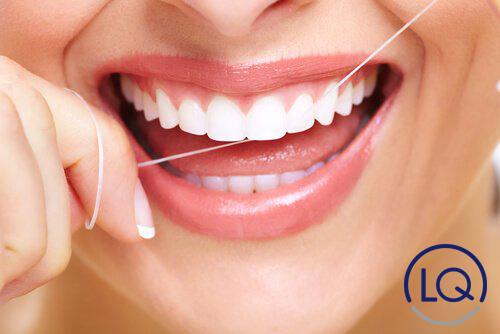 hilo dental-seda dental-clinica lopez quevedo-dentistas las palmas