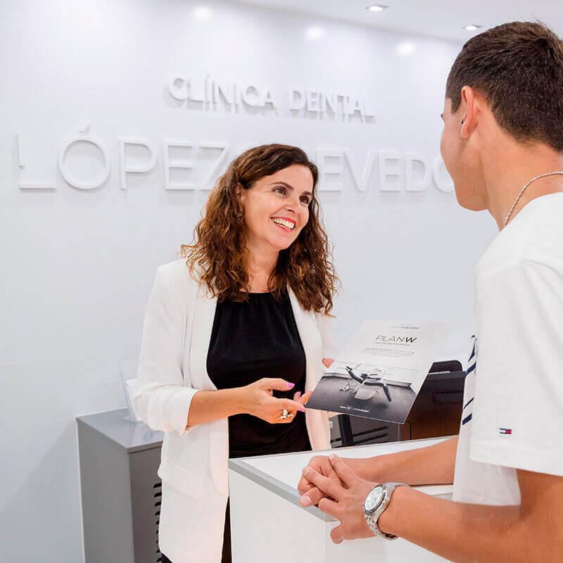 Clínica Dental López Quevedo contacto